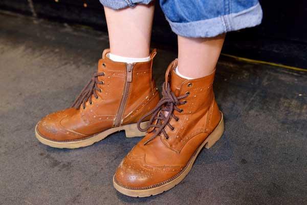 moe_shoes