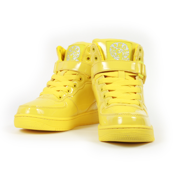 yellow_kicks