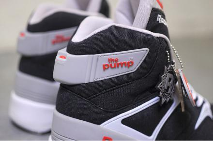 ATMOS-REEBOK-THE-PUMP-BLACK-WHITE-SHEER-GREY-ORANGE-4