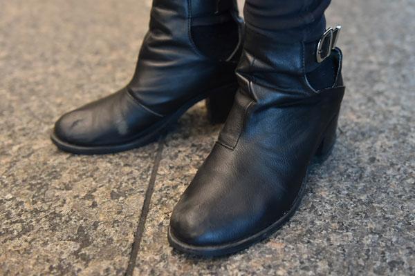 nao_shoes