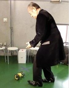 ドローン ダンス ドクター中松