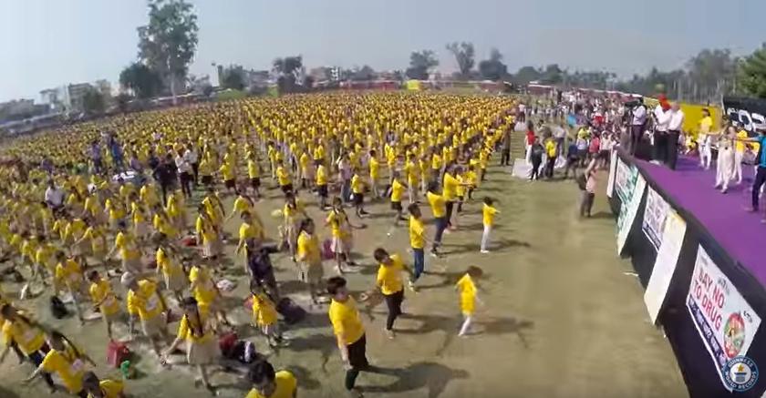 ダンス,インド,ギネス,ポリウッド,動画