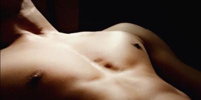 [ 肉体派ダンサーによる筋肉ブログ Dewzan ] 大胸筋の鍛え方をご紹介! | General Twiggz