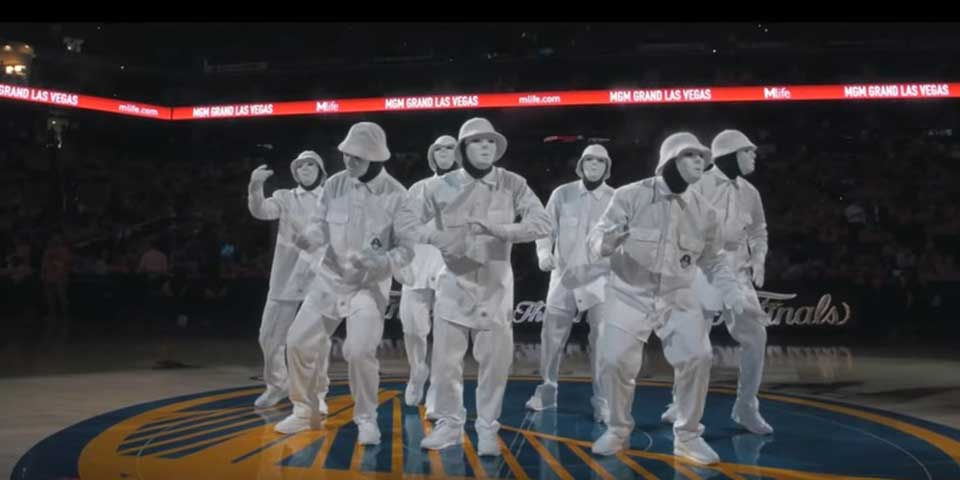 LAで活躍するダンスクルー「JABBAWOCKEEZ」がNBA FINALS 2016でパフォーマンスを披露! | ダンスの情報サイト Dews(デュース)