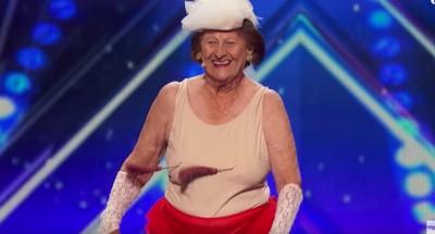 90歳のおばあちゃんが胸や腰をフリフリセクシーダンス!アメリカズ・ゴット・タレントでゴールデンブザーを獲得!