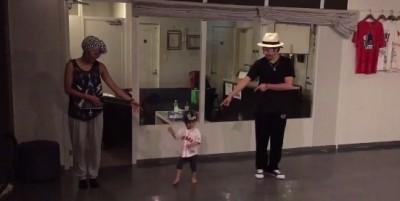 [ 夢のセッション! ] YOSHIE + KITE + 1歳8カ月のスーパーキッズダンサー?