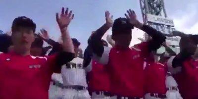 抜群の一体感とテンションが話題!「第89回選抜高等学校野球大会」にて滋賀学園が恋ダンスを披露